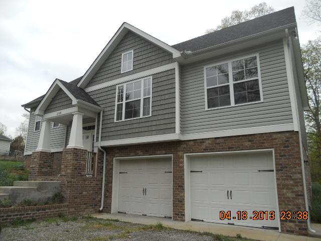 505 Daugherty Ln, Burns, TN 37029
