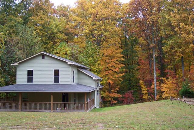 124 Mountain View Dr, Smithville, TN 37166