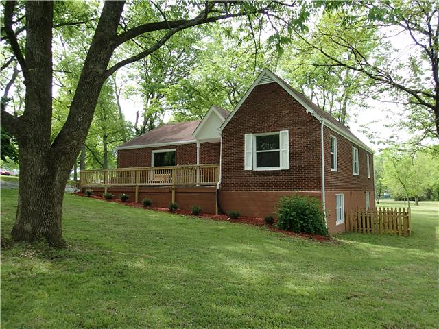520 Nawakwa Trl, Madison, TN 37115