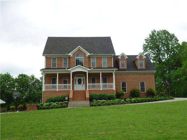 582 Old Woodbury Hwy, Manchester, TN 37355
