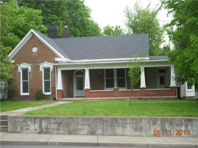 618 5th Ave E, Springfield, TN 37172