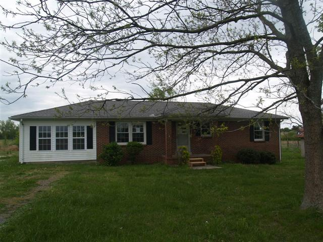 1441 Pleasant View Rd, Woodbury, TN 37190