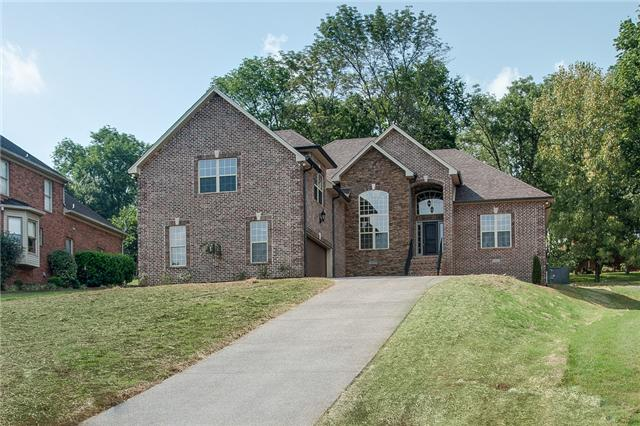 1145 Kimberly Dr, Goodlettsville, TN 37072