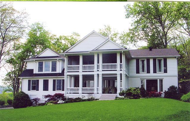 405 Granville Hwy, Chestnut Mound, TN 38552