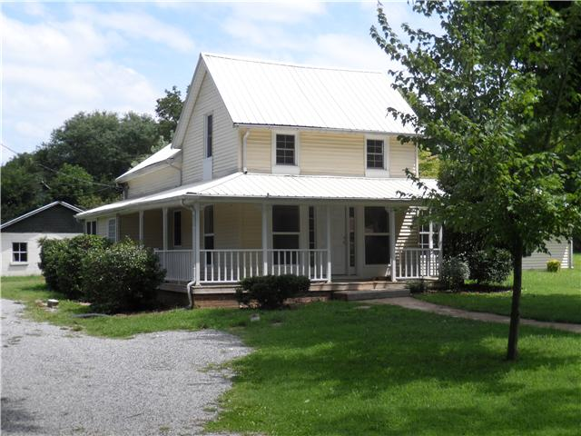 308 Old Hwy 31W, Cross Plains, TN 37049
