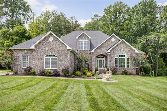 38 Deer Run Rd, Cross Plains, TN 37049