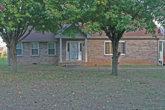 5915 Barton Creek Rd, Cunningham, TN 37052