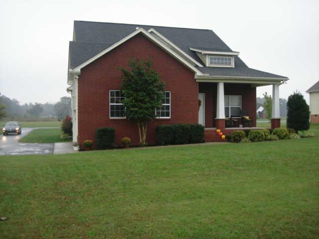 5291 E Robertson rd, Cross Plains, TN 37049