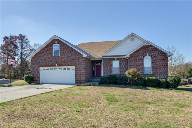 5013 Summit Dr, Greenbrier, TN 37073