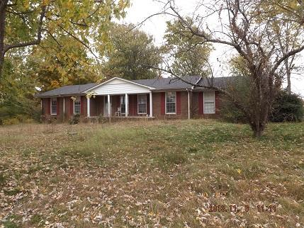 1448 Baker Ln, Lawrenceburg, TN 38464