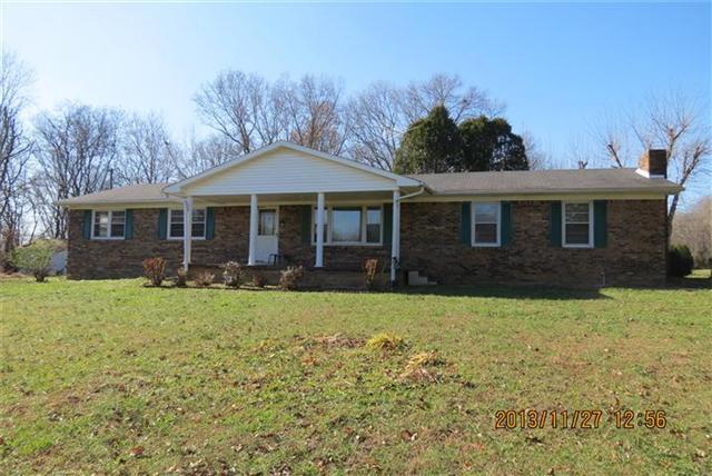 3900 Tn-49, Tennessee Ridge, TN 37178