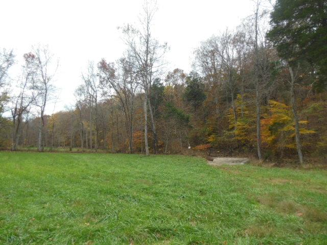 68.86 acres in Palmyra, Tennessee