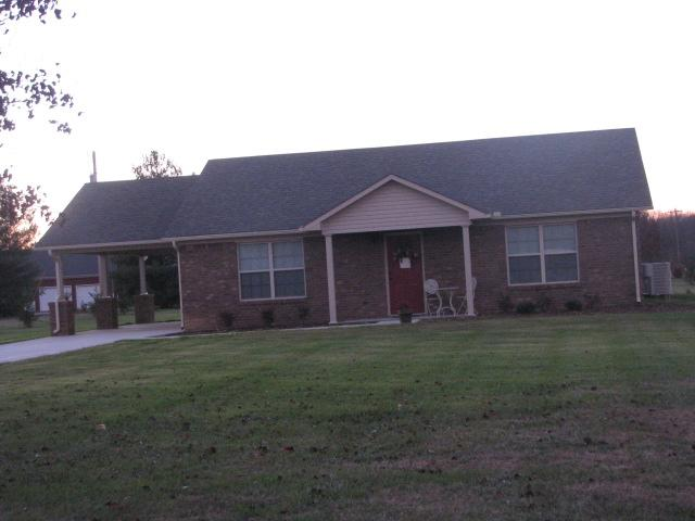 66 Mattox Rd, Lawrenceburg, TN 38464