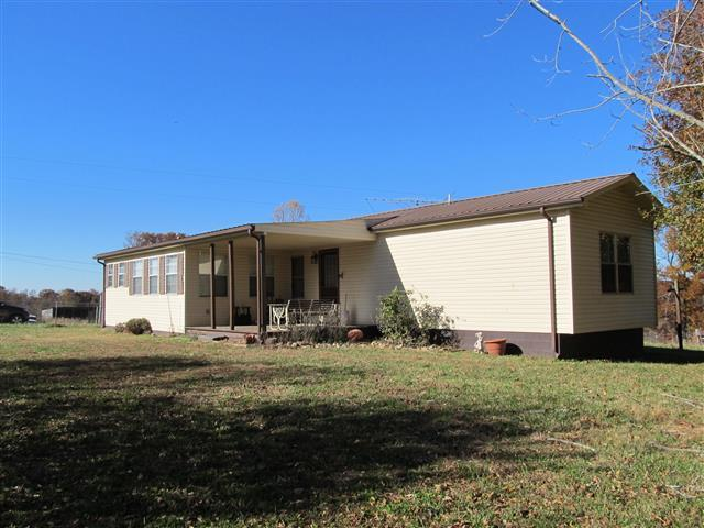 1765 Woolworth Rd, Erin, TN 37061