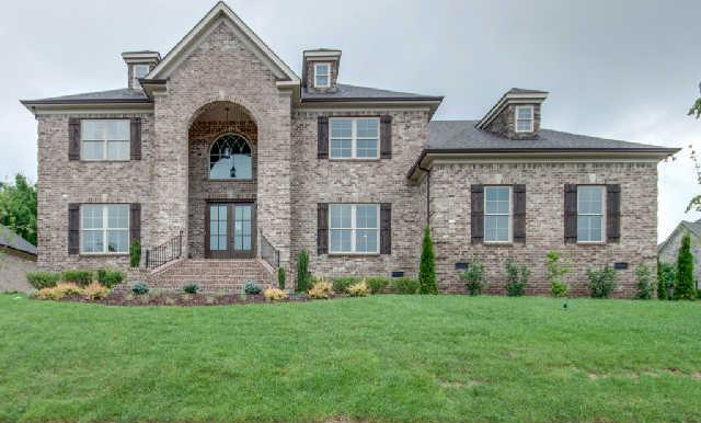 1045 Alice Springs Cir, Spring Hill, TN 37174