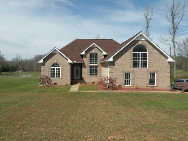 8052 Pleasant Hill Rd, Cross Plains, TN 37049