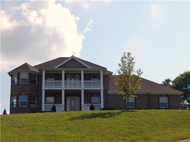 1541 Heller Rdg, Spring Hill, TN 37174