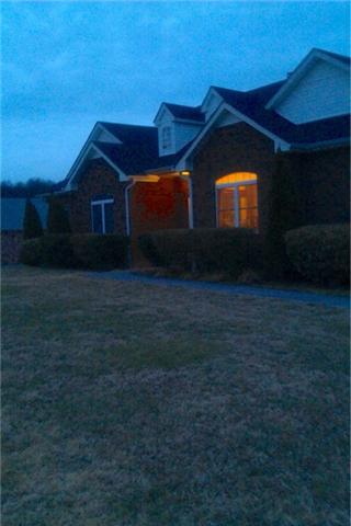 1049 Sweet Oak Rdg, Hendersonville, TN 37075