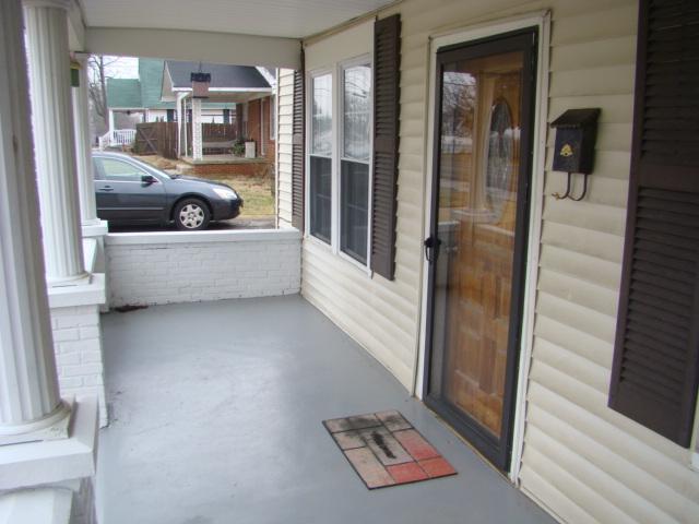 216 S Maple St, Hohenwald, TN 38462