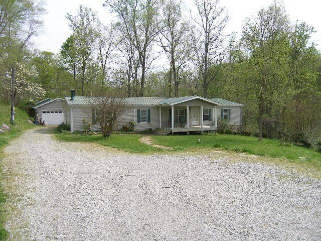4326 Cave Springs Rd, Columbia, TN 38401