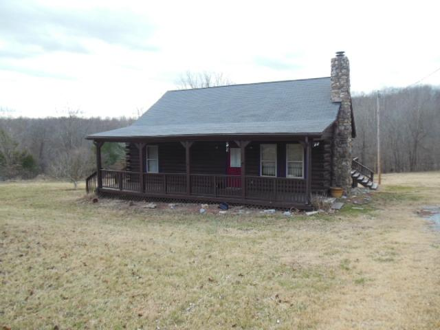 3470 Lewis Atkins Rd, Woodlawn, TN 37191