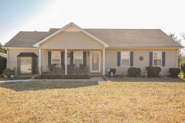 472 Fern Valley Rd, White House, TN 37188