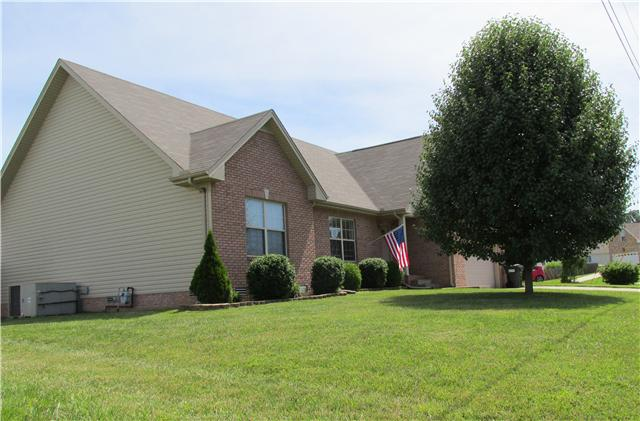 594 Mountain View Dr, Clarksville, TN 37043