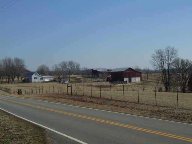 3558 Burgess Gower Rd, Cedar Hill, TN 37032