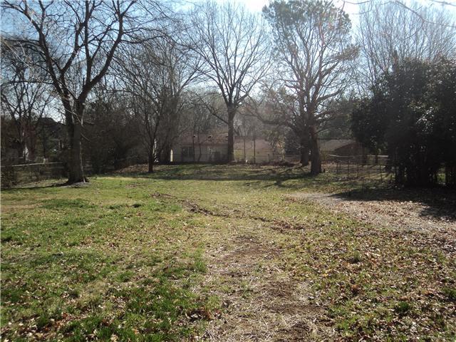 202 N Oak St, Springfield, TN 37172
