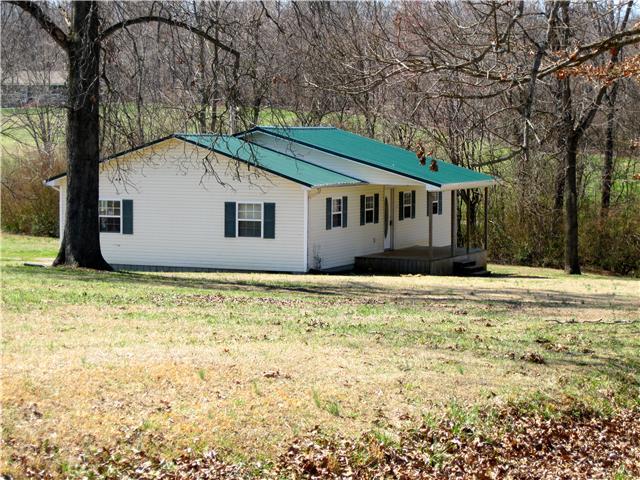 1191 Swan Mill Rd, Morrison, TN 37357