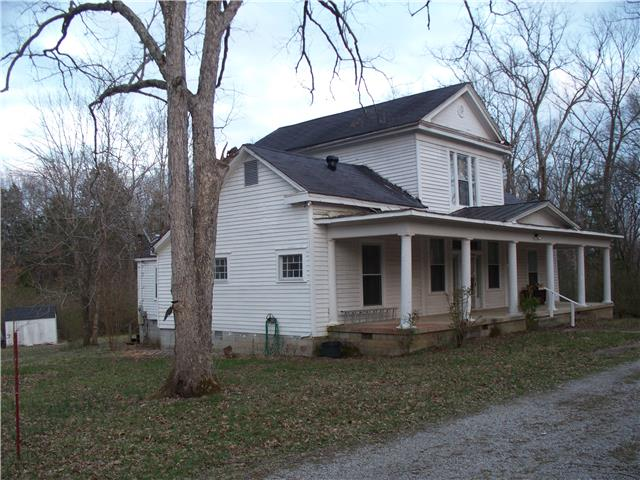 1455 Mapleash Ave, Columbia, TN 38401