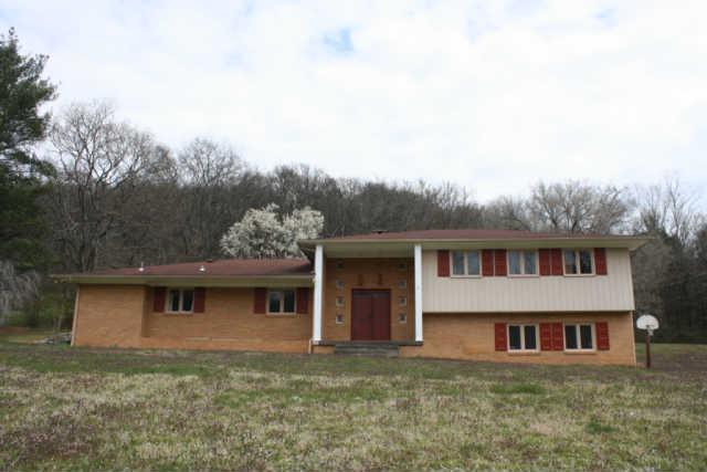 1126 Northside Dr, Pulaski, TN 38478
