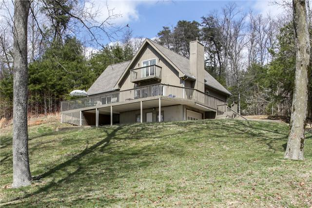 1088 Lakefront Dr, Waverly, TN 37185
