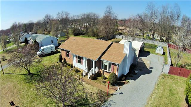 211 Oakdale Dr, White House, TN 37188