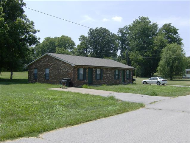 146 Indiana Ave, Oak Grove, KY 42262