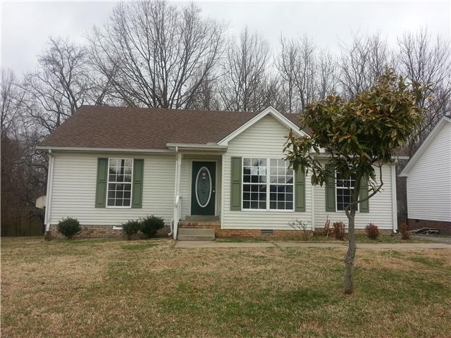 135 Sleepy Hollow Dr, Springfield, TN 37172