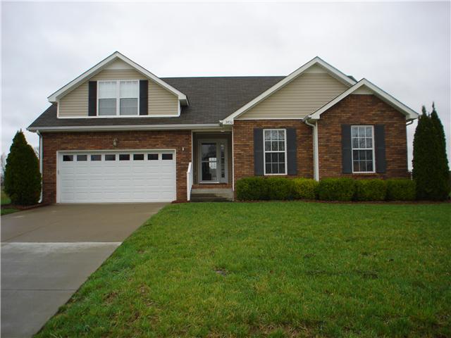 3930 Stella Dr, Clarksville, TN 37040