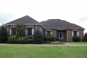 427 Love Ln, Smithville, TN 37166