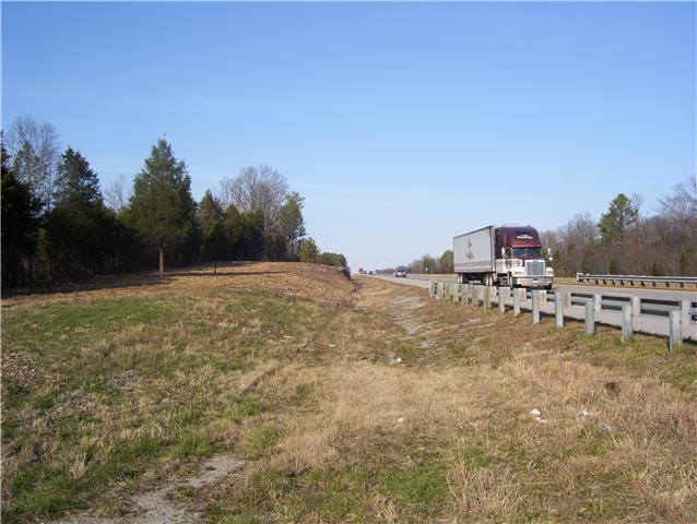 Luther Sharp Rd, Columbia, TN 38401