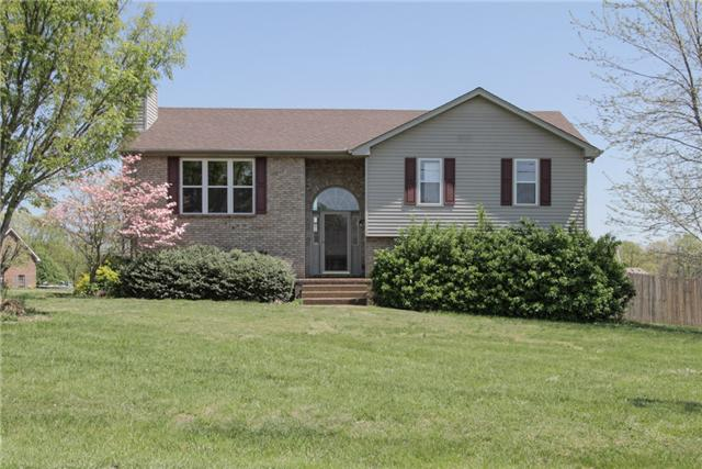 3003 Quail Ct, Greenbrier, TN 37073