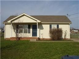 1631 Hannibal Dr, Oak Grove, KY 42262