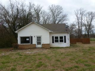 1144 Church St, Christiana, TN 37037