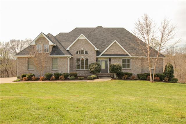 4020 Ironwood Dr, Greenbrier, TN 37073