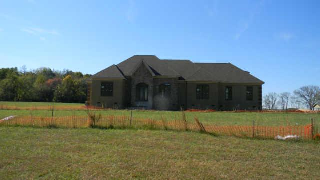 5201 Mead Park Dr, Thompsons Station, TN 37179