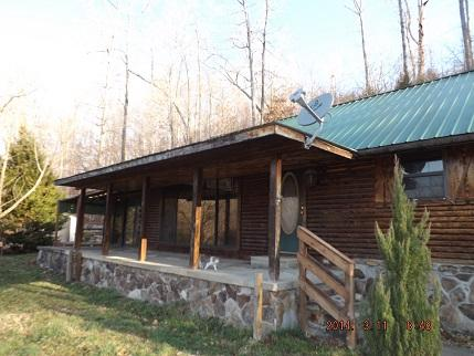 999 Rainbow Lake Rd, Waynesboro, TN 38485