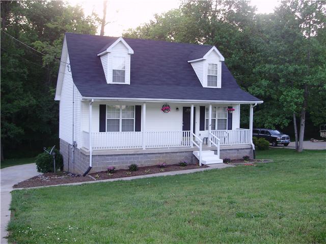 3521 Eastridge Rd, Woodlawn, TN 37191