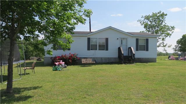 390 Mount Zion Ln, Mc Ewen, TN 37101
