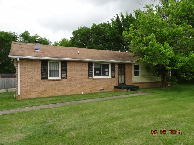 991 Peachers Mill Rd, Clarksville, TN 37042