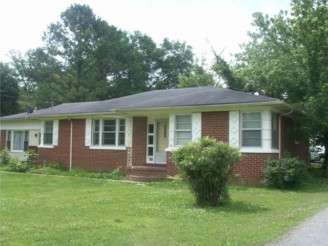1410 Cherry St, Shelbyville, TN 37160