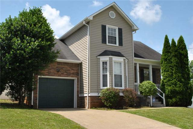 316 Candlewood Dr, Clarksville, TN 37043